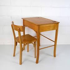 table bureau enfant baumann grand bureau enfant la marelle mobilier vintage pour