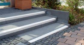 din fã r treppen barrierefrei planen und bauen stufenmarkierung im öffentlichen raum