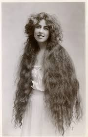 hairstyles in the the 1900s amazing photos show how women s hairstyles have changed over the