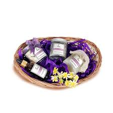 beauty gift baskets lavender bath products for women men beauty gift hers india