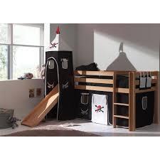 chambre garcon pirate toboggan dans une chambre d enfant toboggan bateau pirate et