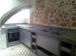 epaisseur plan de travail cuisine cuisine contemporaine en béton bfuhp ductal en acier mate
