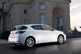 lexus hybrid hatchback price lexus announces pricing for 2011 ct 200h car spondent