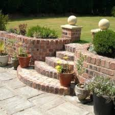 extraordinary retaining garden wall ideas uk retaining garden