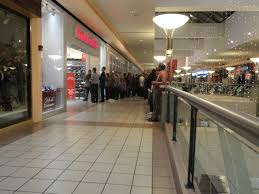 Menlo Park Mall Thanksgiving Hours Black Friday Newpark Mall To Host Midnight Opening Newark Ca Patch