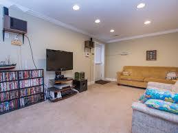 Livingroom Realty by Ocean Pines White Horse Dr 22 79556 U2022 Vantage Resort Realty