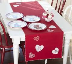 table runner for s day craft ideas