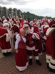 wgn thanksgiving day parade holidays with santa photos