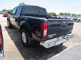 nissan frontier gas tank size new 2017 nissan frontier sv v6 crew cab pickup in vandalia