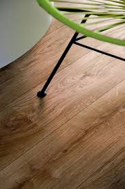 Discontinued Pergo Laminate Flooring Original Excellence Natural Oak Laminate Flooring
