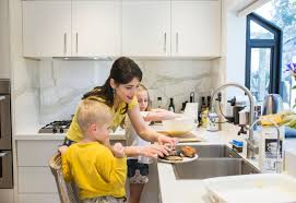 5 mistakes we make that drive kids out of the kitchen working mother