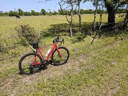 cycling wind grass farms don t slow wind bike ride texbiker net