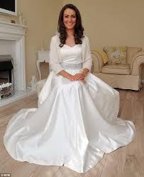 Wedding Dress Jobs Burger Joint Waitress 32 Quits Job To Become Kate Middleton