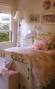Vintage Room Decor 33 Sweet Shabby Chic Bedroom Décor Ideas Digsdigs