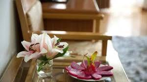 Hotel Flower Decoration Importance Of Flower Arrangements In Hotel Paperblog