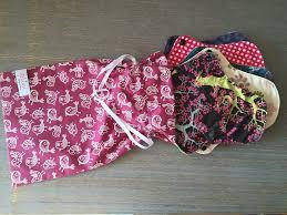 serviette coton bio pochette en coton bio et lanière de serrage pochette cadeau