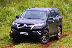 toyota old cars 2016 toyota fortuner review price specs features details
