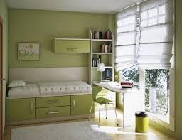 chambre ado vert design interieur chambre ado garçon vert clair blanc stores