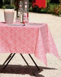 nappe en coton enduit stof nappe enduite anti tache carree trulli rouge grenadine 155x155