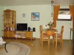 Wohnzimmer Mit Teppichboden Einrichten Wohnzimmer Creme Braun Alle Ideen Für Ihr Haus Design Und Möbel