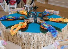 party table covers table decorations table decorations for shindigz