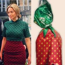 Who Wore It Better Meme - 15 hilarious exles of who wore it better wroops