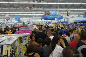 black friday target crowds your guide to black friday