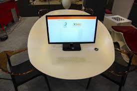 bureau tactile bureau multimédia contemporain professionnel avec clavier