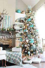 House And Home Christmas Decorating by Refresh Restyle House Of Turquoise Christmas Tree Turquoise