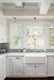 Kitchen Sink Light Interior Design Ideas Home Bunch Interior Design Ideas