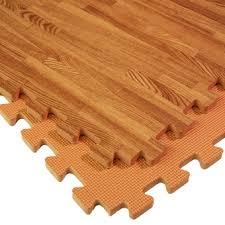 woodfoam mats wood grain design in a reversible foam mat nutek