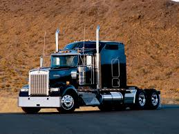 new model kenworth trucks kenworth w900 photos photogallery with 20 pics carsbase com