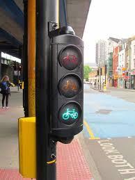 do traffic lights have sensors traffic light heat sensors and cyclist radar tech unveiled in london