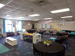 Individual Student Desks New Classroom Set Up Encouraging Self Directed Learning And