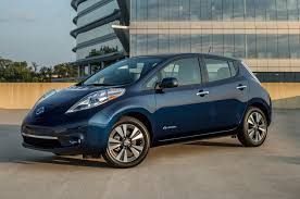 new nissan leaf new renault zoe paves the way for longer range nissan leaf motor