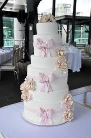 wedding cake m s my sweethearts bakery sydney wedding cake in the pontoon ship cruise