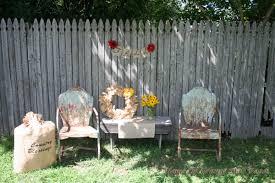 Backyard Fence Decorating Ideas by Backyard Fence Decorating Ideas Home Interior Design 2016