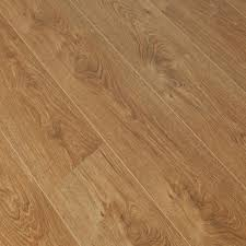 Country Oak Laminate Flooring Beautiful Oak Laminate Flooring On Laminate Flooring Oak Laminate