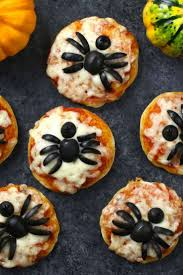 mini spider pizzas for halloween tipbuzz