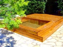petite piscine enterree photos de petites piscines en bois sans liner odyssea piscines