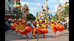 vive la vie mickey u0027s halloween celebration official song