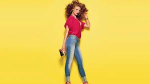 Model American Flag Download Wallpaper 3840x2160 Model Jeans Style Show 4k Ultra Hd