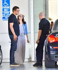 bmw beverly emmy rossum shoping for a bmw in beverly 04 fabzz