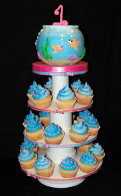 38 best here fishy fishy images on pinterest fish cupcakes
