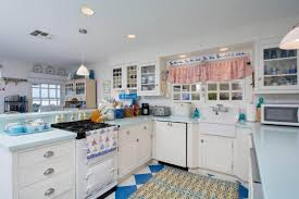 Seeking Digital Kitchen How To Get Away With Murder Producer Director Selling Oceanfront