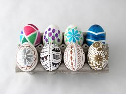 Plastic Easter Egg Yard Decorations by How To Decorate Easter Eggs With Permanent Marker How Tos Diy