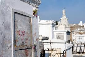voodoo tours new orleans cemetery voodoo walking tour new orleans united states