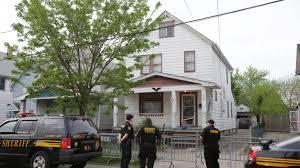 Jaycee Dugard Backyard Amanda Berry Jaycee Dugard U0026 More Kidnap Victims Found Alive Photos