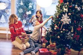 Decoration Of Christmas Tree Pictures by Decorating The Christmas Tree Pictures Images And Stock Photos