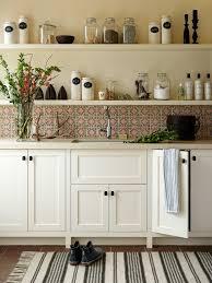 volet roulant cuisine cuisine volet roulant pour meuble de cuisine avec beige couleur